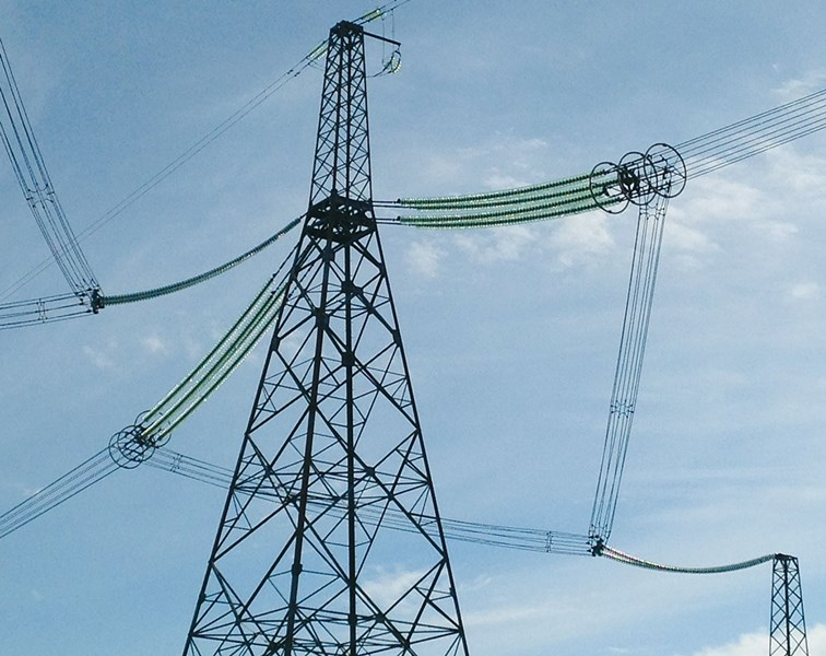 Maclean power mps expands insulator line through for Glass power line insulators